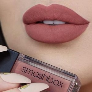5 lip makeup items 💄